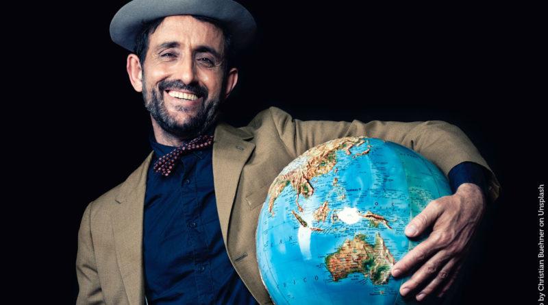 """""""Nur noch die Welt retten"""" - beim Zeero-Slam werden grüne Ideen für bessere Welt und Wirtschaft vorgestellt."""